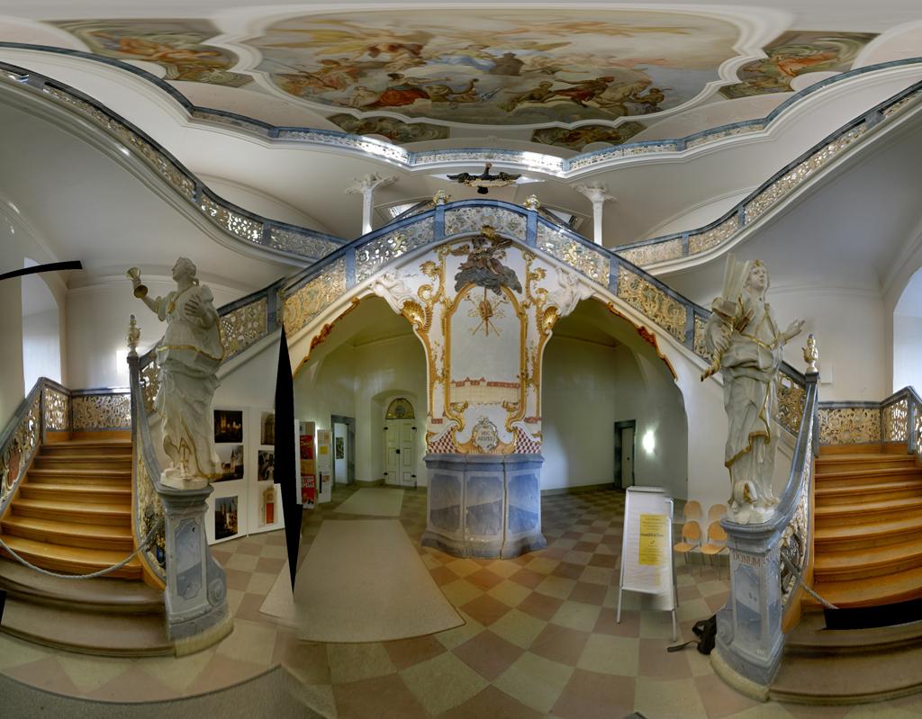 Interiores barrocos for Muebles estilo barroco moderno